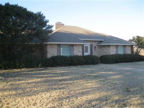 Photo of 5 Surrey Lane, Breckenridge, TX 76424 (MLS # 14523685)