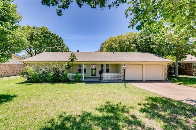 8029 Chapin Road, Benbrook, TX 76116 - #: 14570687