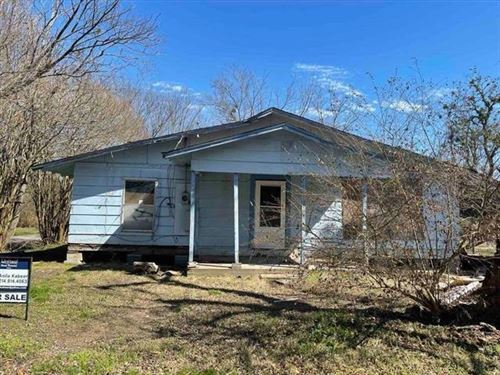 Photo of 1700 Dixie, Commerce, TX 75428 (MLS # 14523688)