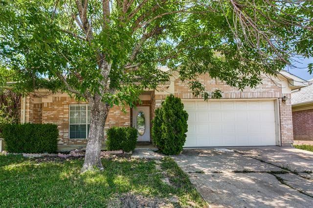 6714 Smallwood Drive, Arlington, TX 76001 - #: 14570689