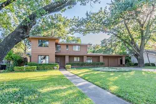 Photo of 6225 Kenwick Avenue, Fort Worth, TX 76116 (MLS # 14695690)