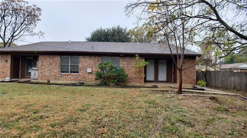 Photo of 1009 W Sanford Street #D, Arlington, TX 76012 (MLS # 14479696)
