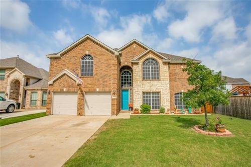 Photo of 7121 Brekenridge Drive, Fort Worth, TX 76179 (MLS # 14607699)