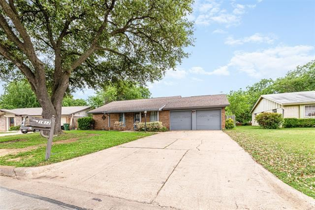 1612 Marie Terrace, Arlington, TX 76010 - #: 14330700