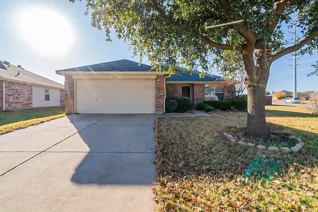 3633 Beatriz Drive, Denton, TX 76207 - #: 14489700