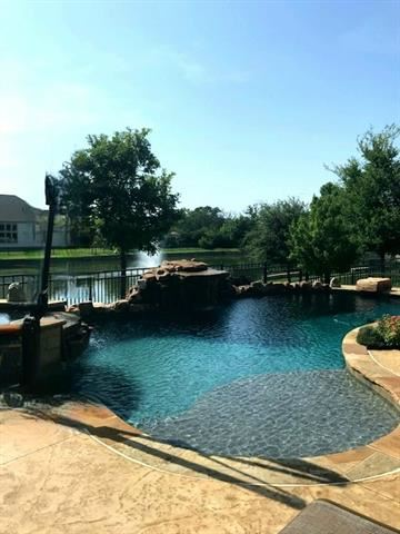 Photo of 2601 Creekside Place, Flower Mound, TX 75022 (MLS # 14635701)