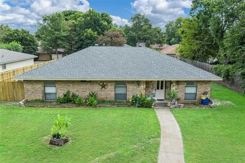Photo of 1040 Cloverdale Lane, DeSoto, TX 75115 (MLS # 14435704)
