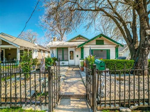 Photo of 1010 N Madison Avenue, Dallas, TX 75208 (MLS # 14282706)