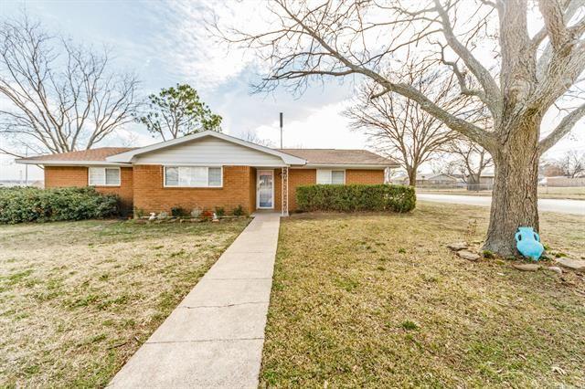 1401 Jefferson Street, Bowie, TX 76230 - MLS#: 14509707