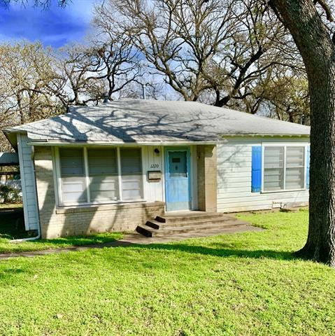 1220 Churchill Road, River Oaks, TX 76114 - #: 14292708