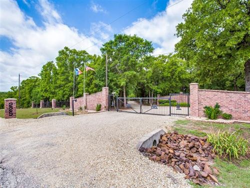 Photo of 225 County Road 2254, Valley View, TX 76272 (MLS # 14372710)