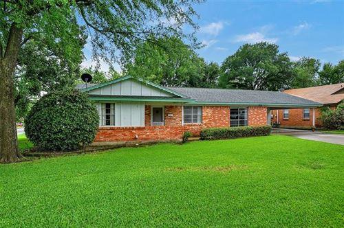 Photo of 152 Bob White Road, Denison, TX 75020 (MLS # 14373710)