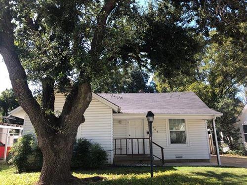 Photo of 1609 Pine Street, Grand Prairie, TX 75050 (MLS # 14676711)