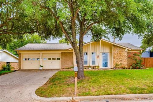 Photo of 1800 Ravenswood Drive N, Bedford, TX 76022 (MLS # 14440713)