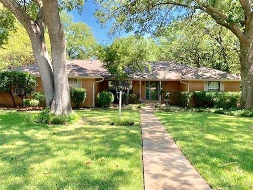 Photo of 315 Azalea Drive, Grapevine, TX 76051 (MLS # 14538717)