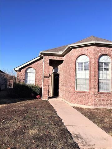 Photo for 1511 Oak Tree Road, Allen, TX 75002 (MLS # 13755717)