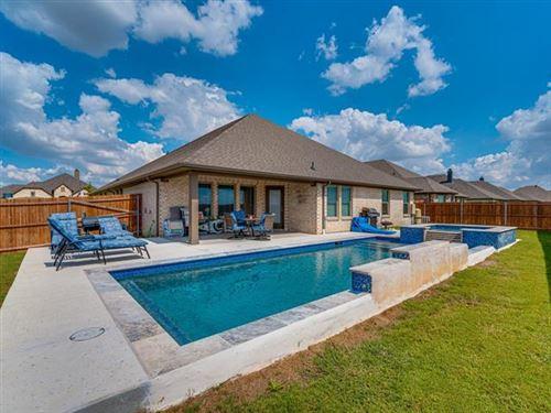 Photo of 618 Roscoe Drive, Midlothian, TX 76065 (MLS # 14673719)