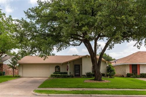 Photo of 508 Debra Drive, Mesquite, TX 75149 (MLS # 14378721)