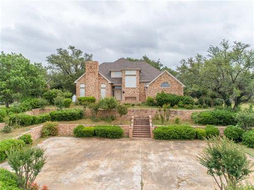 Photo of 301 Summit Ridge Drive, Glen Rose, TX 76043 (MLS # 14342722)