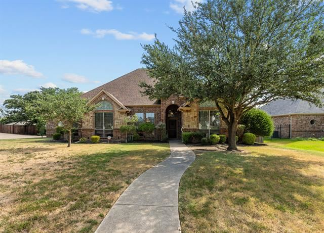820 Shady Bend Drive, Kennedale, TX 76060 - #: 14605727