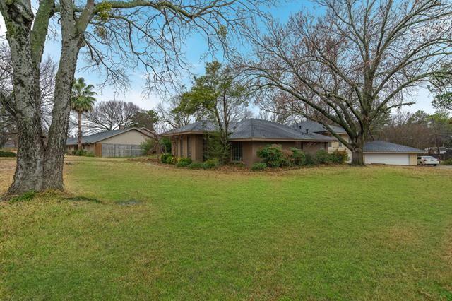 3912 Country Club Road, Arlington, TX 76013 - #: 14503731