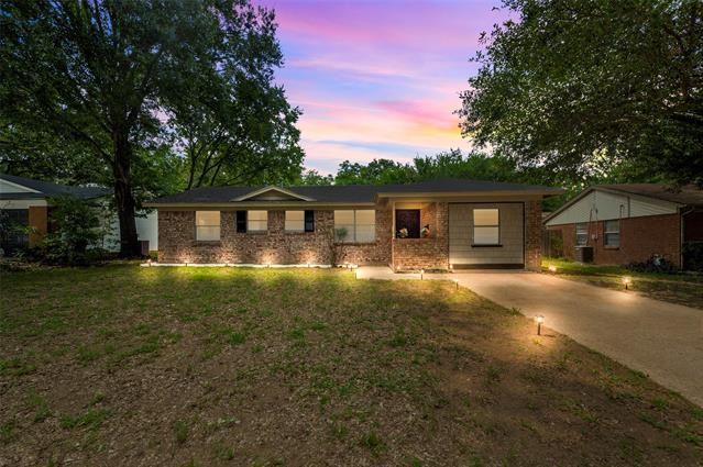 2214 Cales Drive, Arlington, TX 76013 - #: 14378732