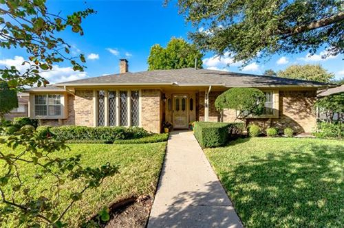 Photo of 2213 Creekview, Carrollton, TX 75006 (MLS # 14457733)