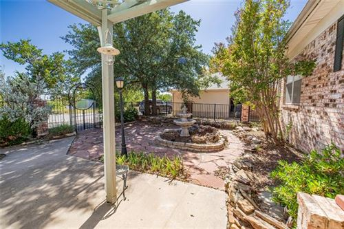 Photo of 602 Hilltop Drive, Weatherford, TX 76086 (MLS # 14457736)