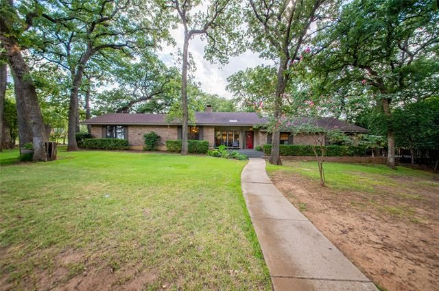 101 Manor Way Street, Grapevine, TX 76051 - #: 14390738