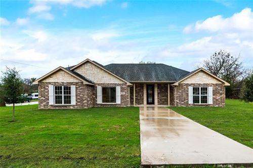 Photo of 224 Walnut Street, Lancaster, TX 75146 (MLS # 14479739)