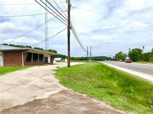 Photo of 1900 Highway 180 W, Mineral Wells, TX 76067 (MLS # 14608740)