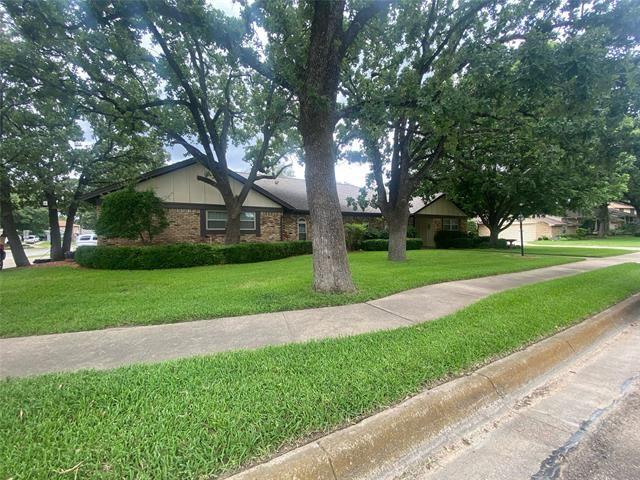 920 Brestol Court W, Bedford, TX 76021 - #: 14611740