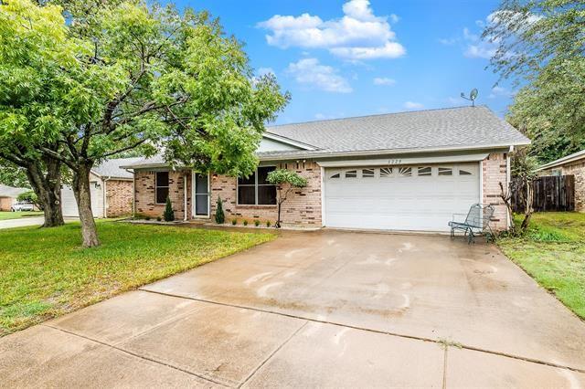 6228 Cool Springs Drive, Arlington, TX 76001 - #: 14440750