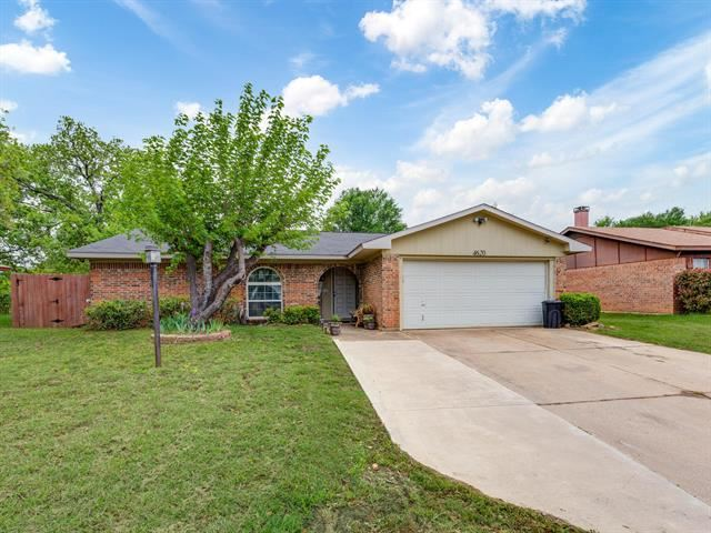 4620 Parkwood Drive, Forest Hill, TX 76140 - #: 14556751