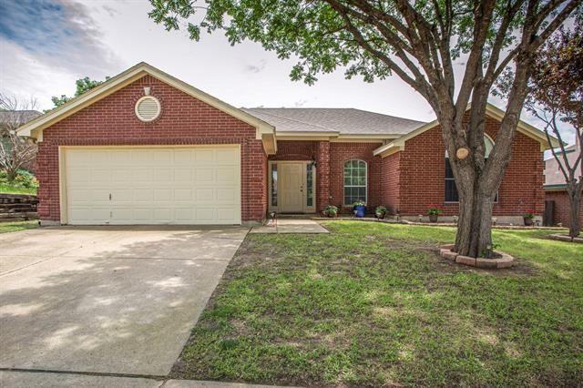 10613 Cobblestone Drive, Benbrook, TX 76126 - #: 14594753