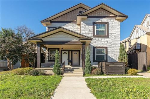 Photo of 605 S Oak Cliff Boulevard, Dallas, TX 75208 (MLS # 14268755)