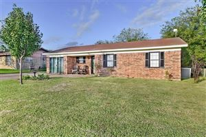 Photo of 360 Vz County Road 3901, Wills Point, TX 75169 (MLS # 14216757)
