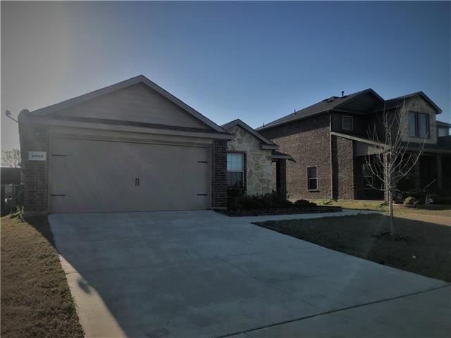 Photo for 1002 Cedar Hollow Drive, Princeton, TX 75407 (MLS # 13816757)