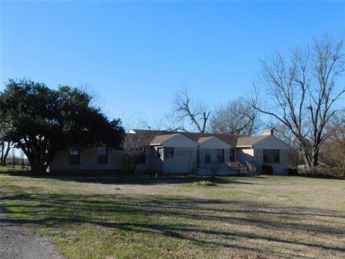 Photo of 452 E Fm 2795, Emory, TX 75440 (MLS # 14265760)