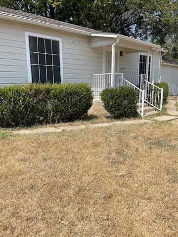 500 W Gambrell, Fort Worth, TX 76115 - #: 14663762