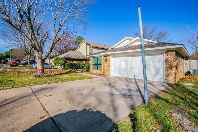 1544 Hunting Green Drive, Fort Worth, TX 76134 - #: 14490764