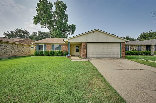 7632 Portman Avenue, Fort Worth, TX 76112 - #: 14642764