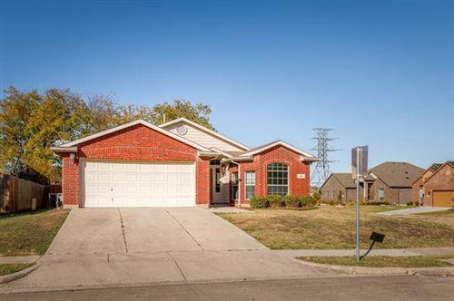 Photo of 776 Oriole Drive, Saginaw, TX 76131 (MLS # 14479766)