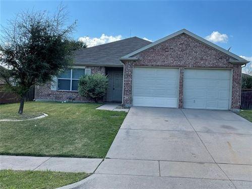 Photo of 1601 Waters Edge Drive, Glenn Heights, TX 75154 (MLS # 14696766)