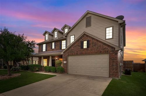 Photo of 5928 Haven Lake Way, Fort Worth, TX 76244 (MLS # 14691770)