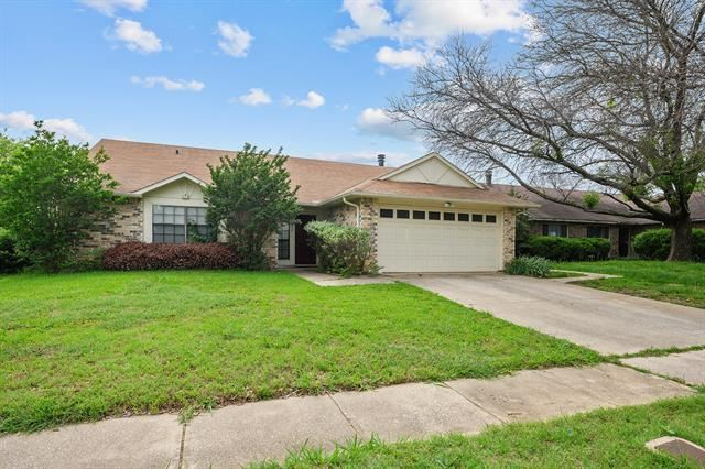 7632 Xavier Drive, Fort Worth, TX 76133 - #: 14571772