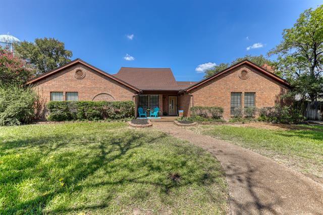 16 Stone Court, Lakeside, TX 76108 - #: 14673772