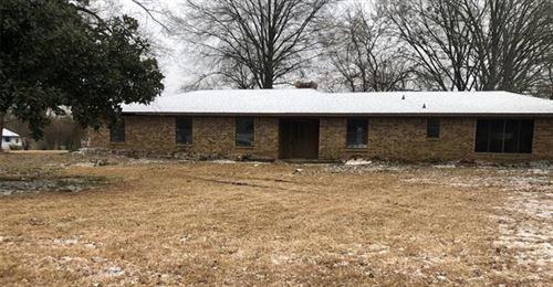 Photo of 202 Gray Street, Pittsburg, TX 75686 (MLS # 14524773)