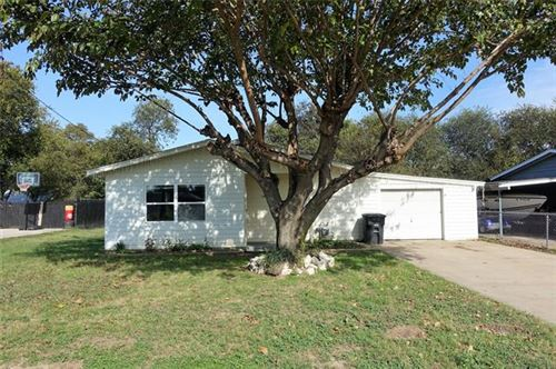 Photo of 1714 Redwood Drive, Cleburne, TX 76033 (MLS # 14696773)