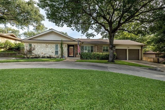 5825 Starlight Drive, Haltom City, TX 76117 - #: 14628773